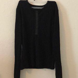 YUKA Black Long Sleeve Sweater